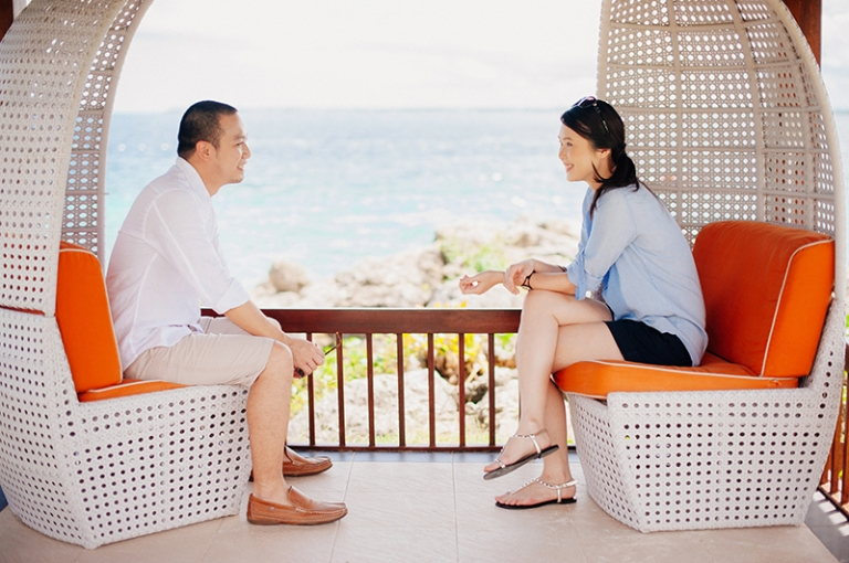 Engagement Beach Ideas Shangrila Mactan Resort and Spa Seaside Prenup Pictures 1