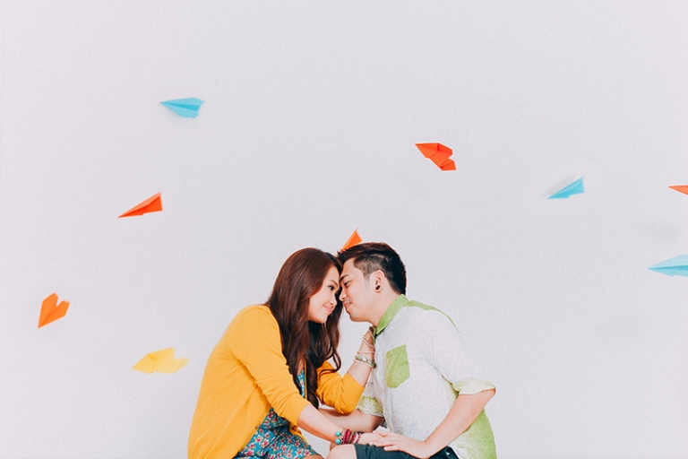 cebu wedding photographer fun creative colorful engagement sessions 2
