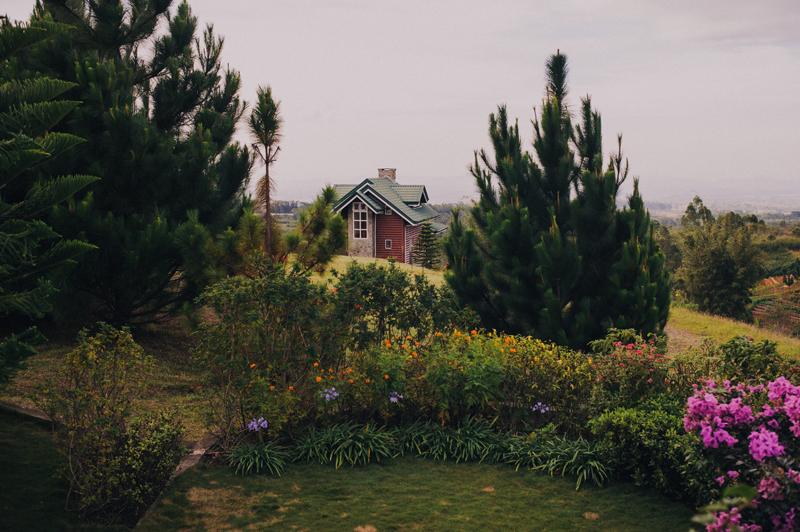 cebu philippines destination wedding photographer dahilayan gardens weddings bukidnon
